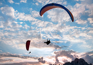 Paragliding Pair